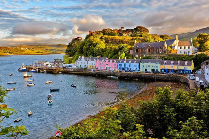 bigstock-view-on-Portree-before-sunset-47457913resize70040