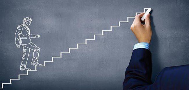 هل الاجتهاد طريق النجاح والثروة حقاً؟ موضوع يستحق النقاش