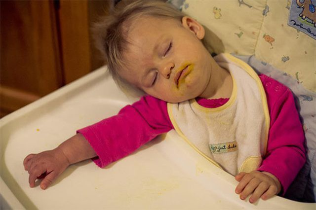 funny-baby-sleeping-2-ehow