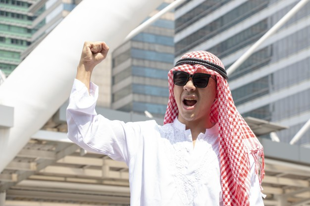arabian-businessman-is-shouting-victory-as-successor_37429-74