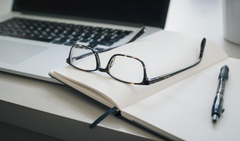 كتابة أبحاث و مقالات علمية وأدبية