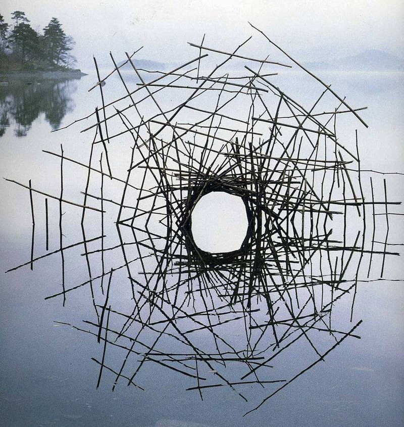 Magical_Land_Art_By_Andy_Goldsworthy_