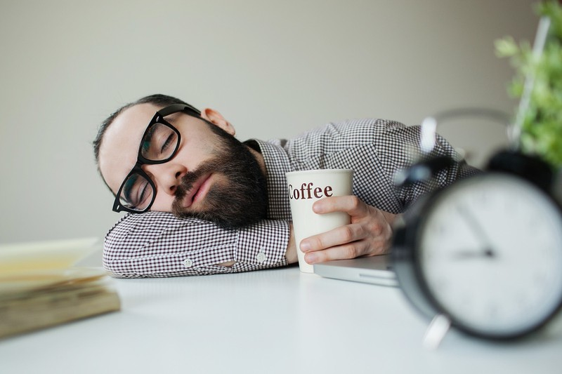 Sleeping-man-with-coffee-cup-very-funny