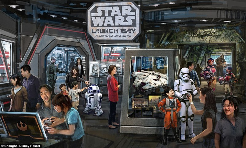 3020D00400000578-3396616-Star_Wars_Launch_Bay_will_be_a_celebration_of_the_Star_Wars_Gala-a-62_145269