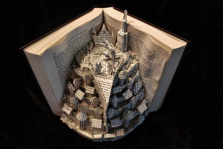 paper-book-sculpture-art-jodi-harvey-brown-8-720x479