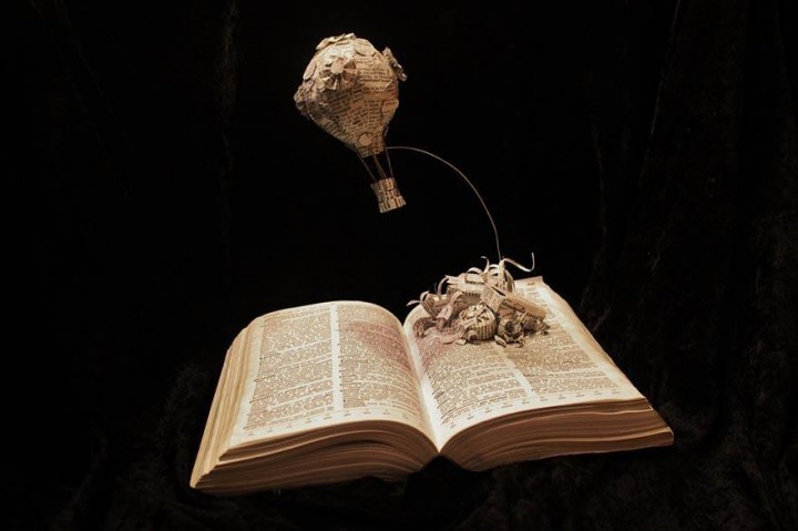 paper-book-sculpture-art-jodi-harvey-brown-1-720x479