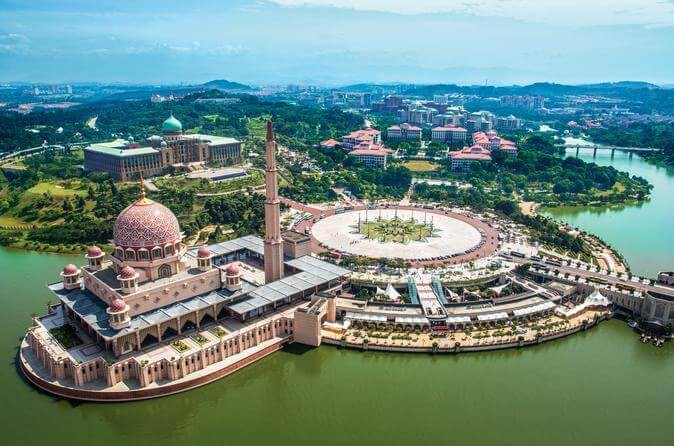 half-day-putrajaya-and-agricultural-park-tour-from-kuala-lumpur-in-kuala-lumpur-365998