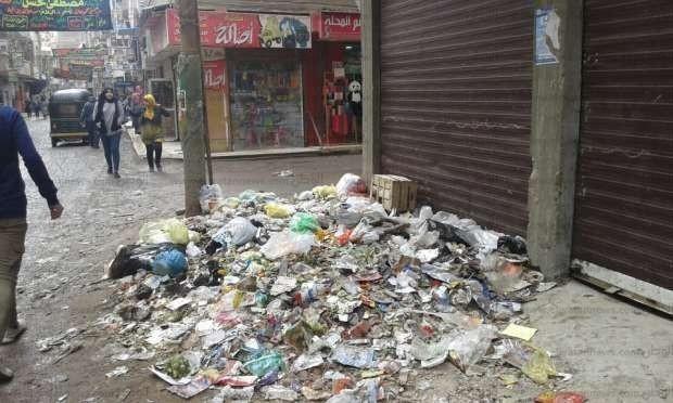انتشار أكوام القمامة بشوارع الغربية